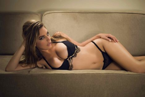 Kelly Brook - 67
